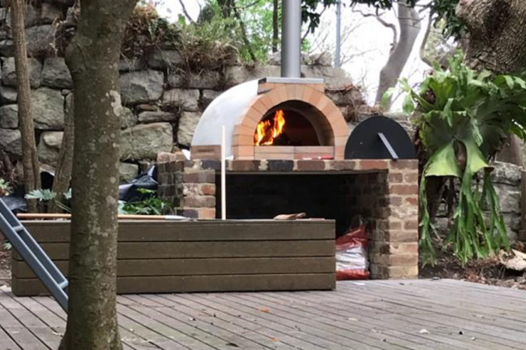 CALABRESE ENTERTAINER PIZZA OVEN